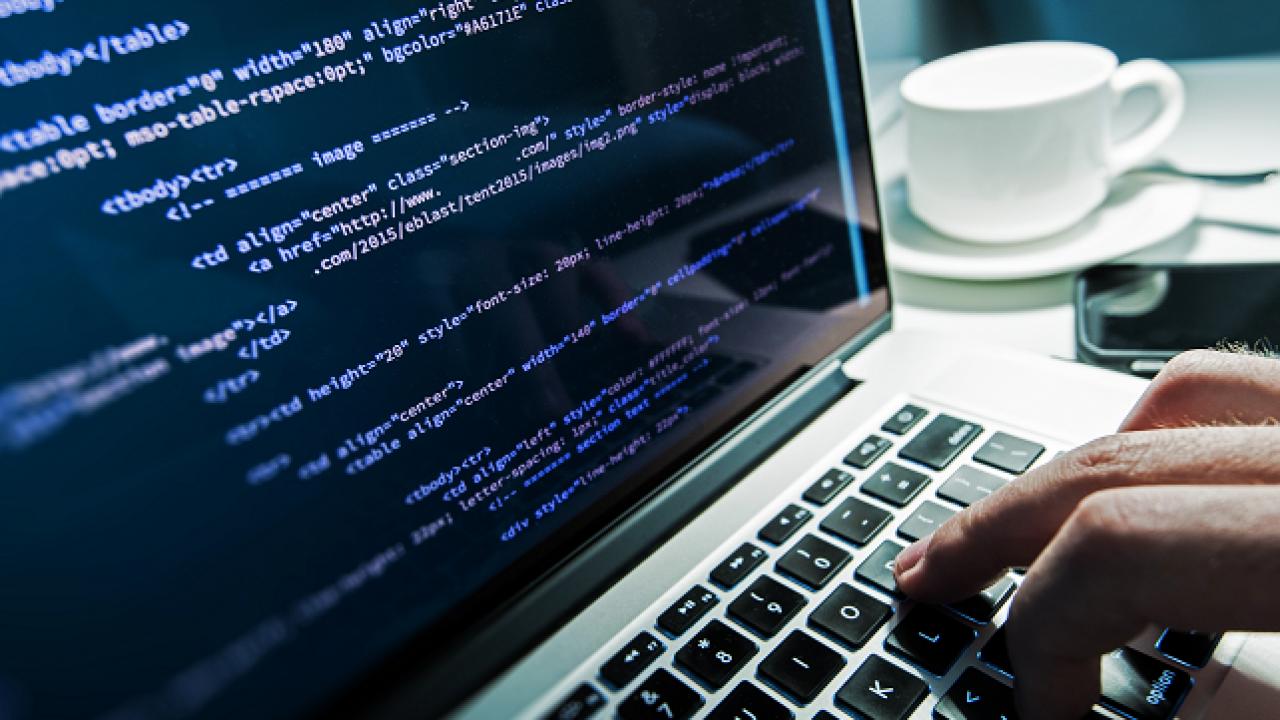 Por qué contratar un diseñador web freelance es la mejor solución para tu empresa